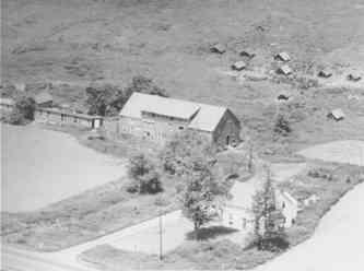 THE MCLAREN FARM Home of Lorne & Connie McLaren, Lena McLaren.  Now the present day site of  the beach on McLaren Island